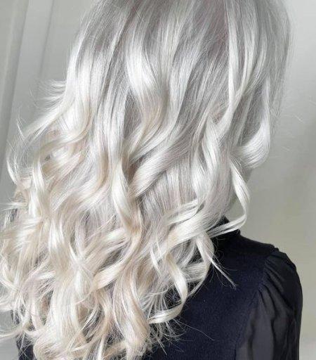 Ice white hair at the klinik salon London