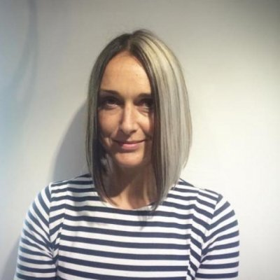 Colour added cleverly to this bob to be able to show it or not