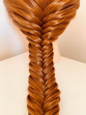 Fishtail braid by Leyla